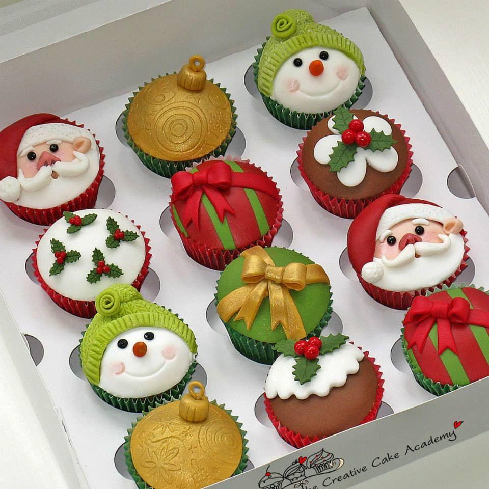 Christmas Cake Cupcakes  Christmas Cupcakes Cupcakes