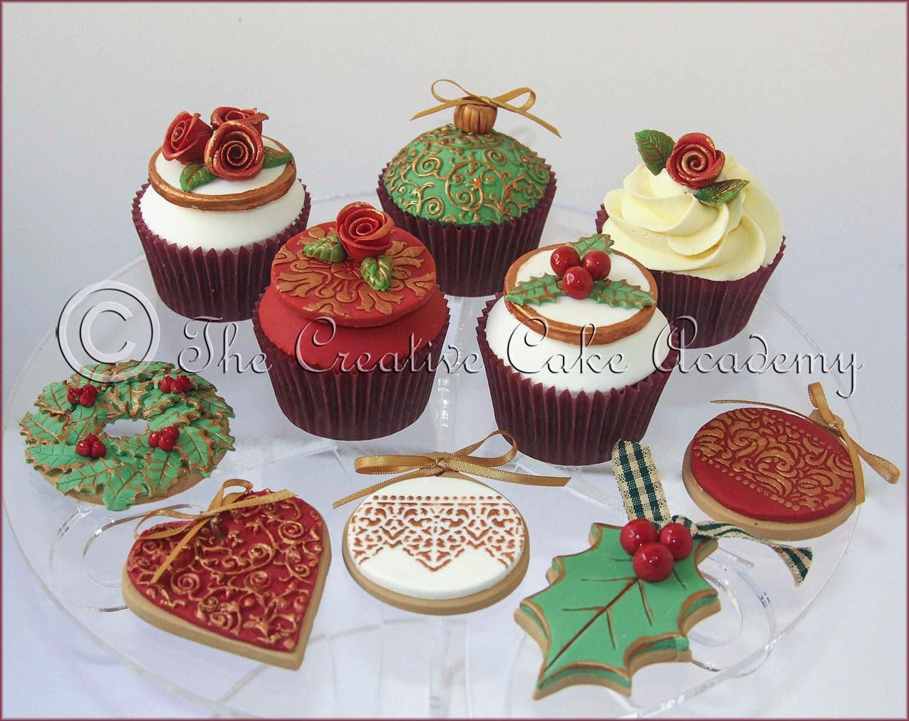 Christmas Cake Cupcakes  The Creative Cake Academy