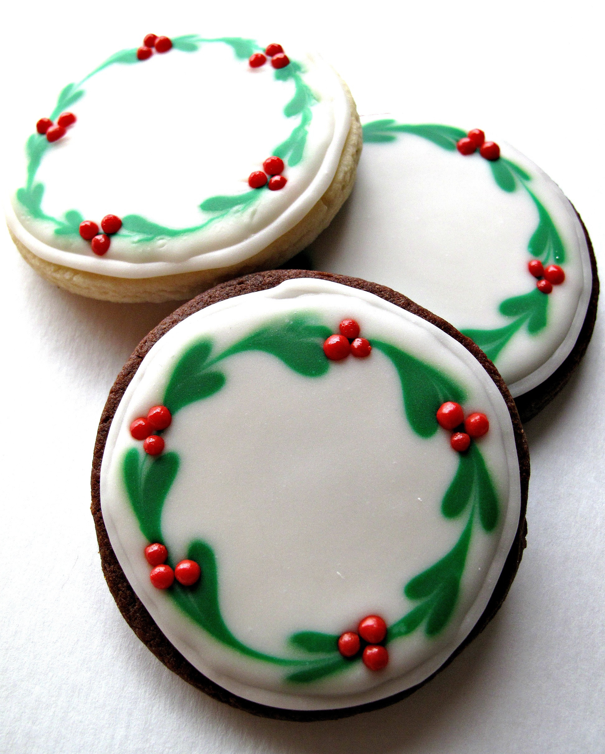 Christmas Cookie Icing Ideas  Chocolate Covered Oreos and Iced Christmas Sugar Cookies