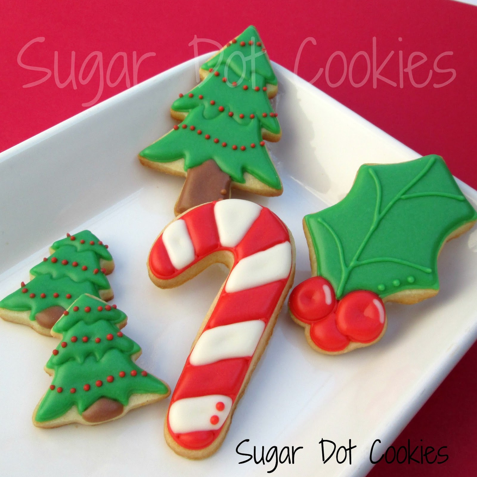 Christmas Cookie Icing Ideas  Very simple Rudolph faces mini Christmas lights and mini