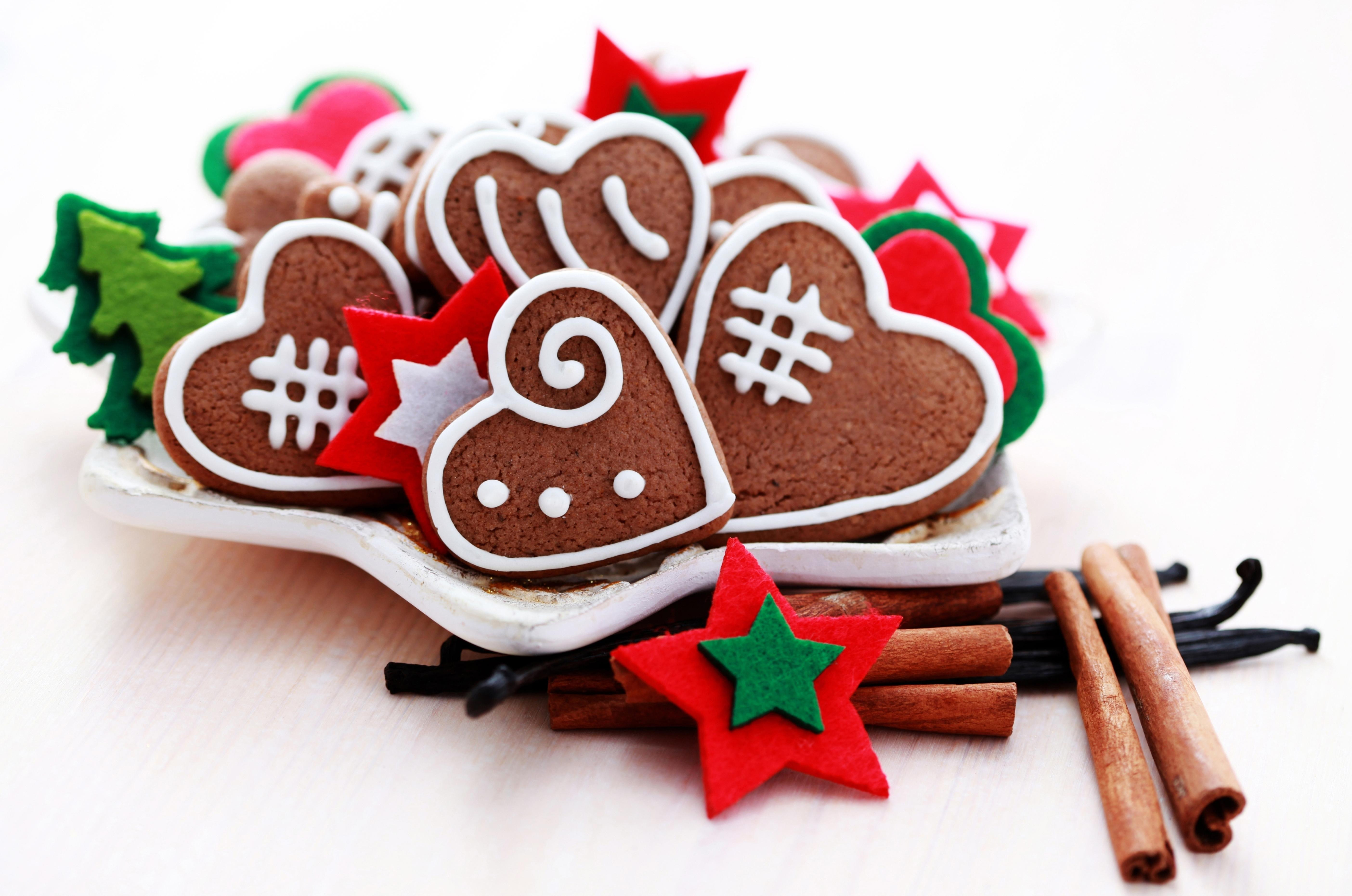 Christmas Cookies And Holiday Hearts  wallpaper cookies christmas hearts HD Widescreen