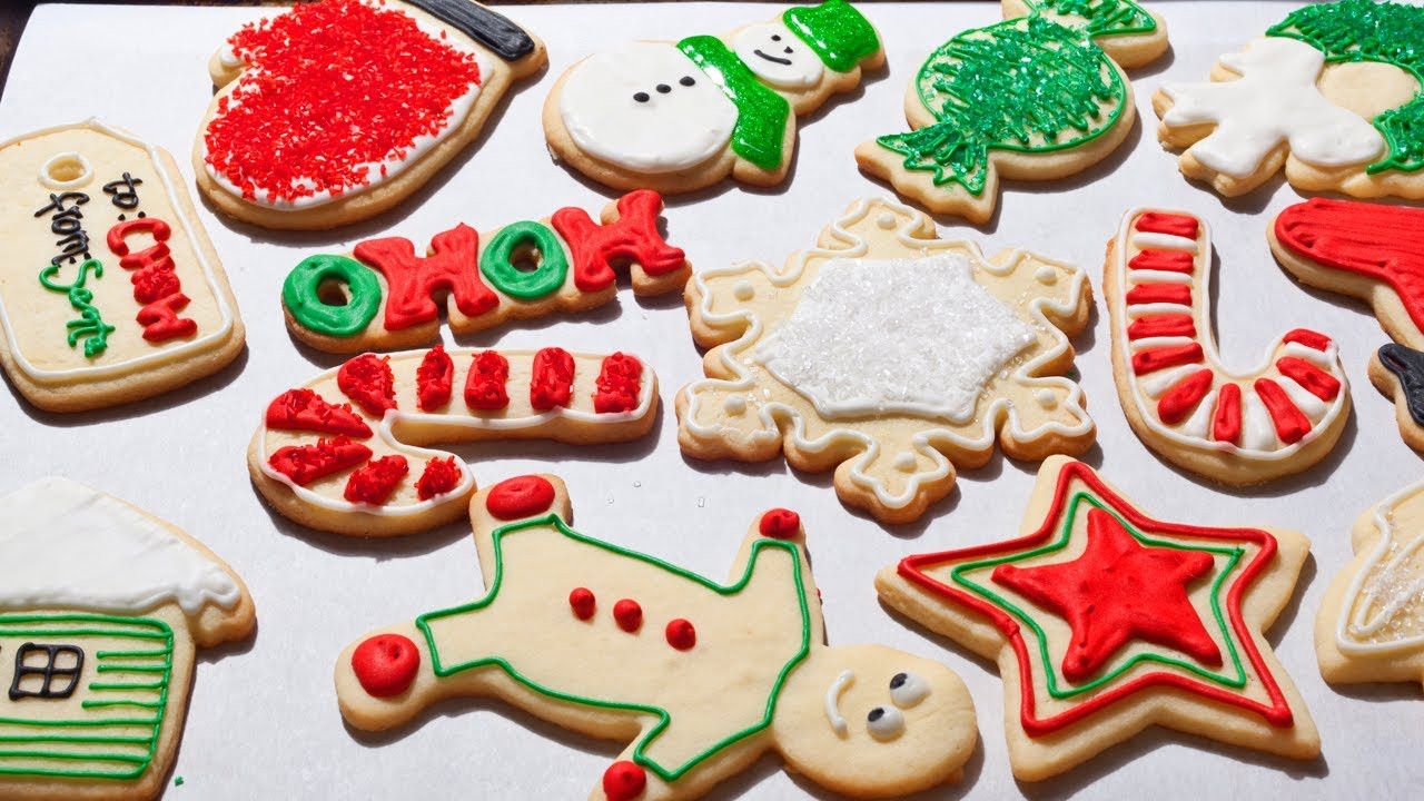 Christmas Cookies Decorating Ideas  How to Make Easy Christmas Sugar Cookies The Easiest Way