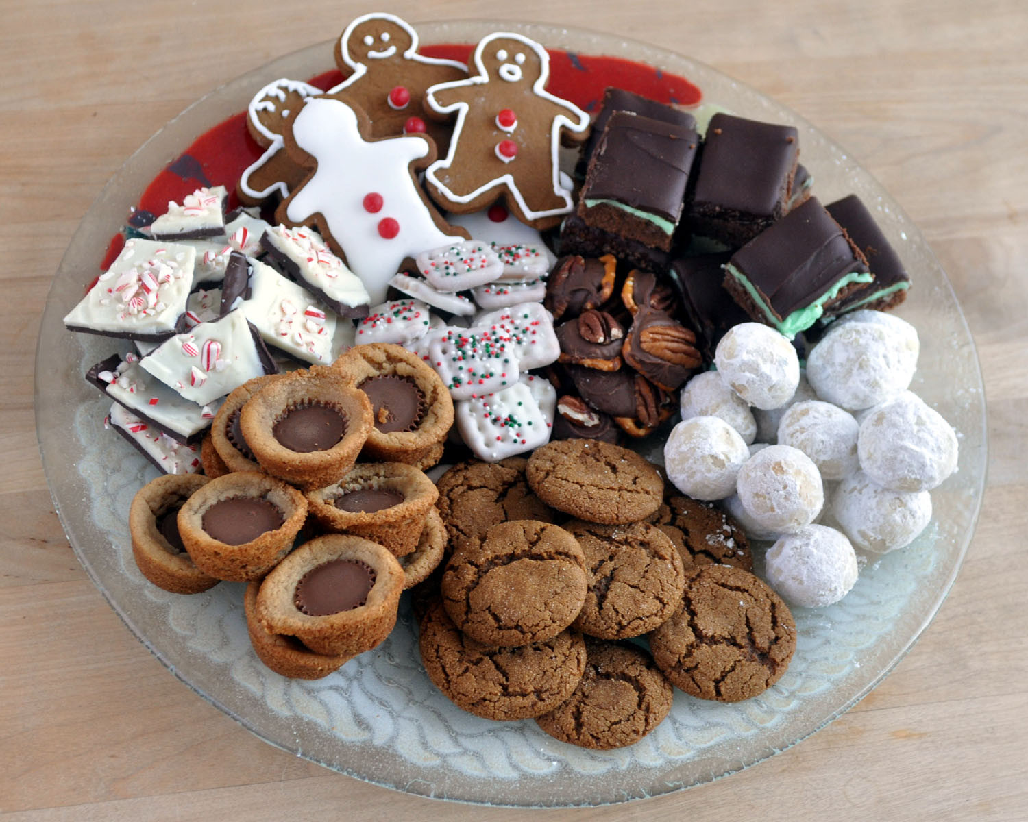 Christmas Cookies Plates  7 Tips How To Survive The Season Holiday Cookies