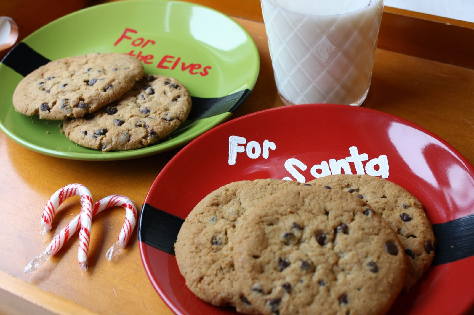 Christmas Cookies Plates  Craft E Magee Cookies for Santa