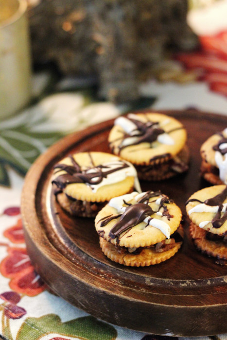 Christmas Crack Recipe With Ritz Crackers  Holiday RITZ Crackers Recipe & Thanksgiving Dessert Table