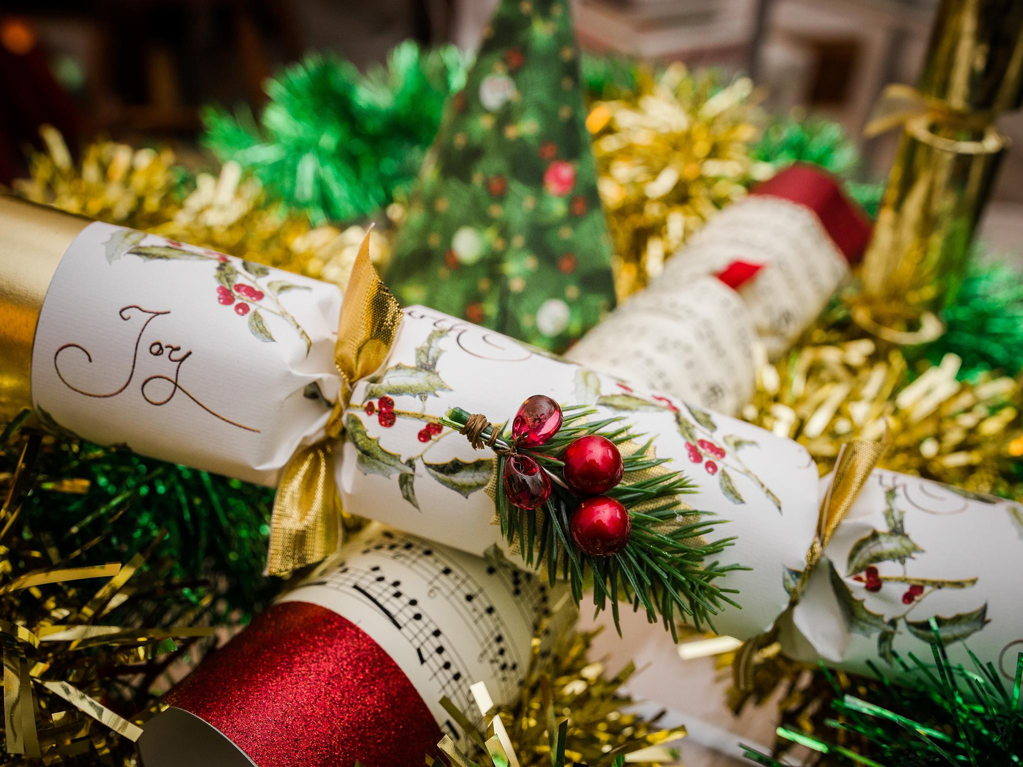 Christmas Crackers Uk  10 best Christmas crackers for 2018