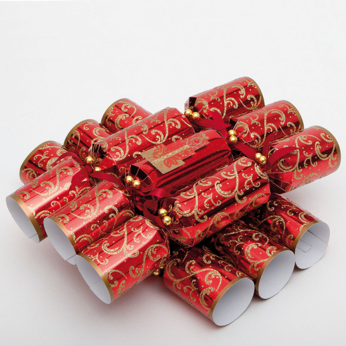 Christmas Crackers Uk  CW004 Red and Gold Christmas Crackers