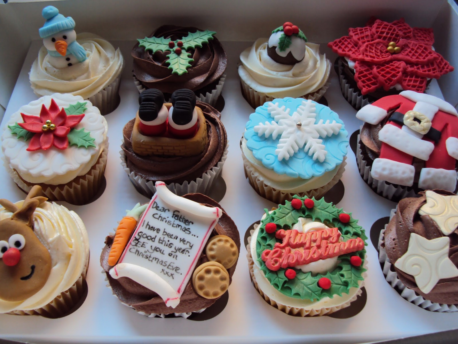 Christmas Cupcakes Images  dessert