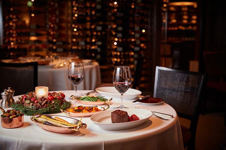 Christmas Dinner Catering  Restaurants at a luxurious Roppongi hotel Grand Hyatt Tokyo