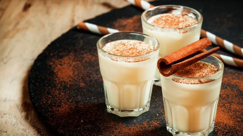 Christmas Eggnog Drink  9 warming Christmas drinks from around the world