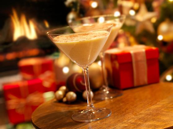 Christmas Eggnog Drink  The Twelve Desserts of Christmas LADYHATTAN