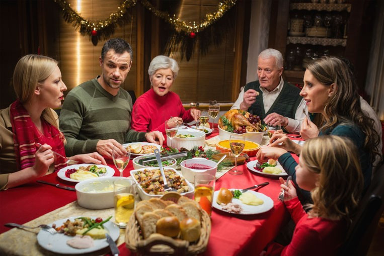 Christmas Family Dinners  Tense Holiday Conversations and the Third Story