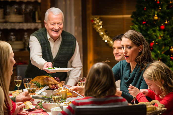 Christmas Family Dinners  5 NEW CHRISTMAS TRADITIONS FOR YOUR FAMILY Baptist