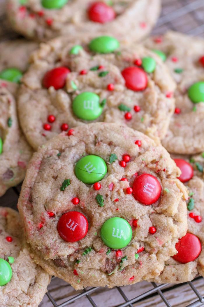 Christmas M&M Cookies  FAVORITE Christmas Cookies recipe
