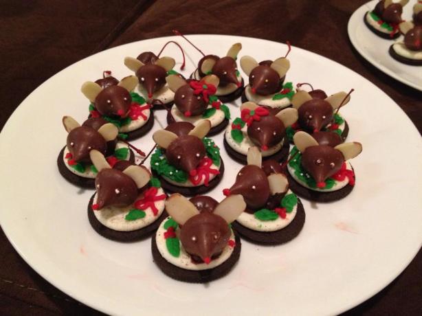 Christmas Mice Candy  Chocolate Christmas Mice Cookies Recipe Food