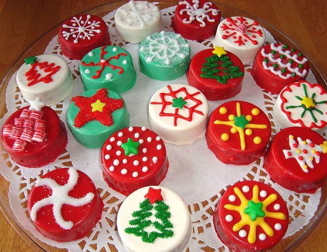 Christmas Oreo Desserts  Best 25 Chocolate dipped oreos ideas on Pinterest
