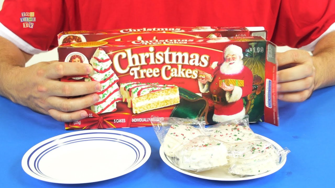 Christmas Tree Cakes Little Debbie  Little Debbie Christmas Tree and Snack Party Cakes