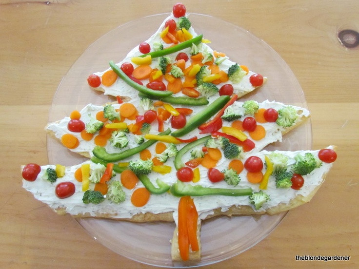 Christmas Tree Veggie Pizza  Pin by Amy Ripley on Kids
