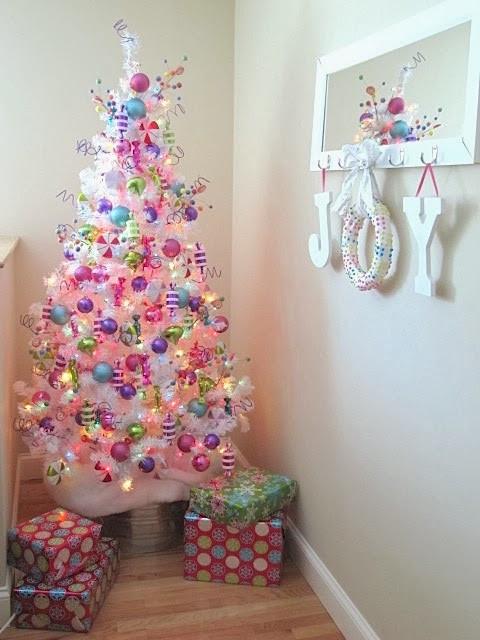 Christmas Wreath Candy  Sew Many Ways Easy Christmas Candy Wreath