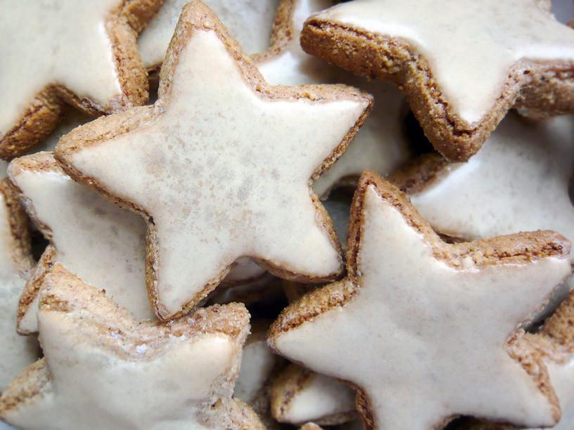Cinnamon Christmas Cookies  Zimtsterne Cinnamon Stars