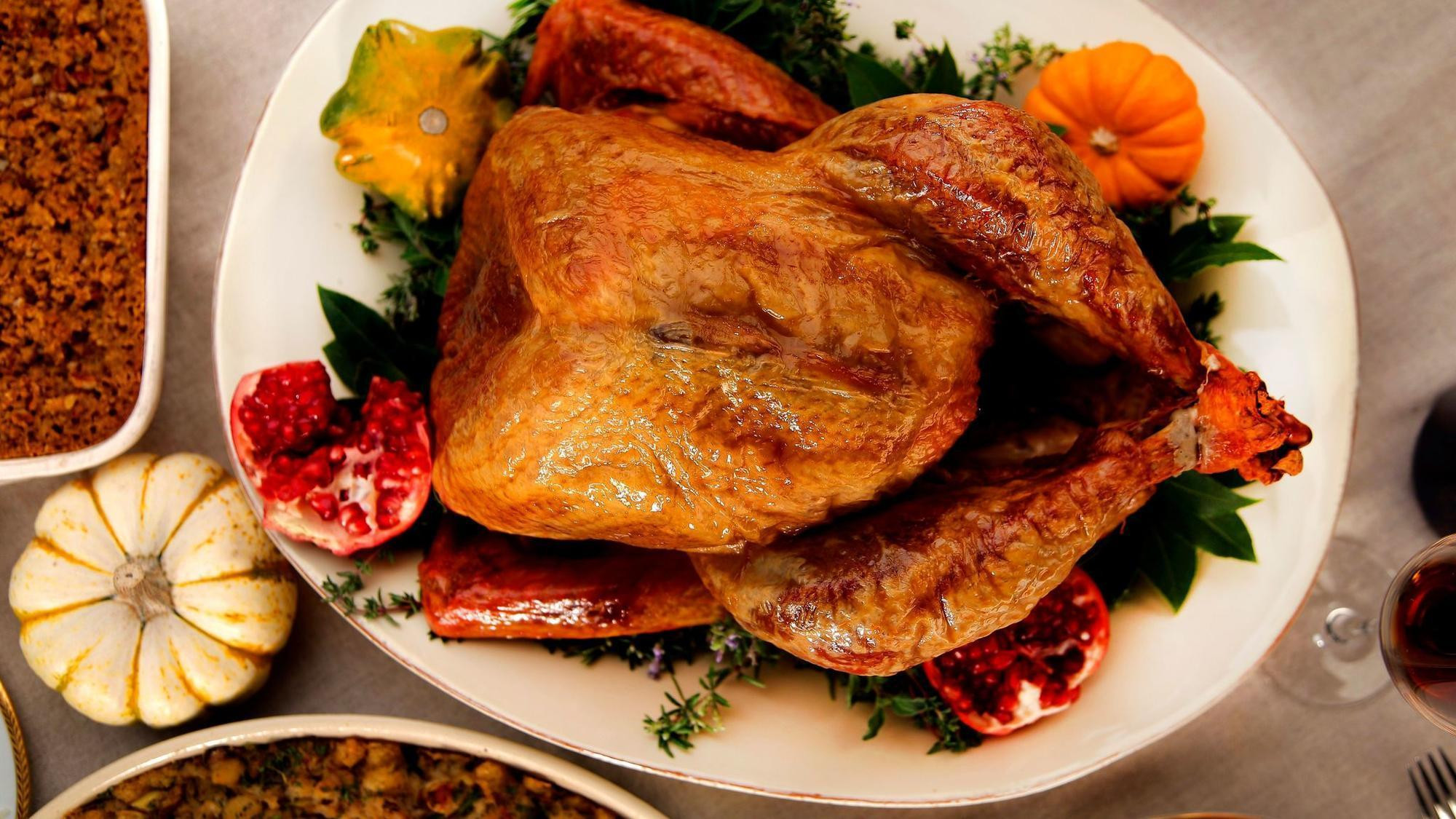 Cook Thanksgiving Turkey  Turkey 101 How to cook a Thanksgiving turkey LA Times