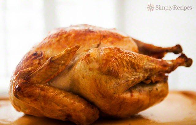 Cooked Thanksgiving Turkey  Mom's Roast Turkey Recipe A Classic