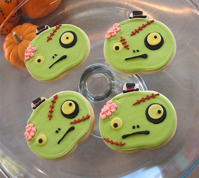 Cute Halloween Cookies  Halloween HoliCoffee