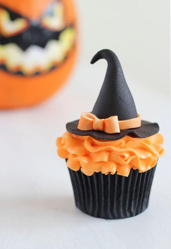 Cute Halloween Cupcakes  35 Delicious Halloween Cupcake Ideas
