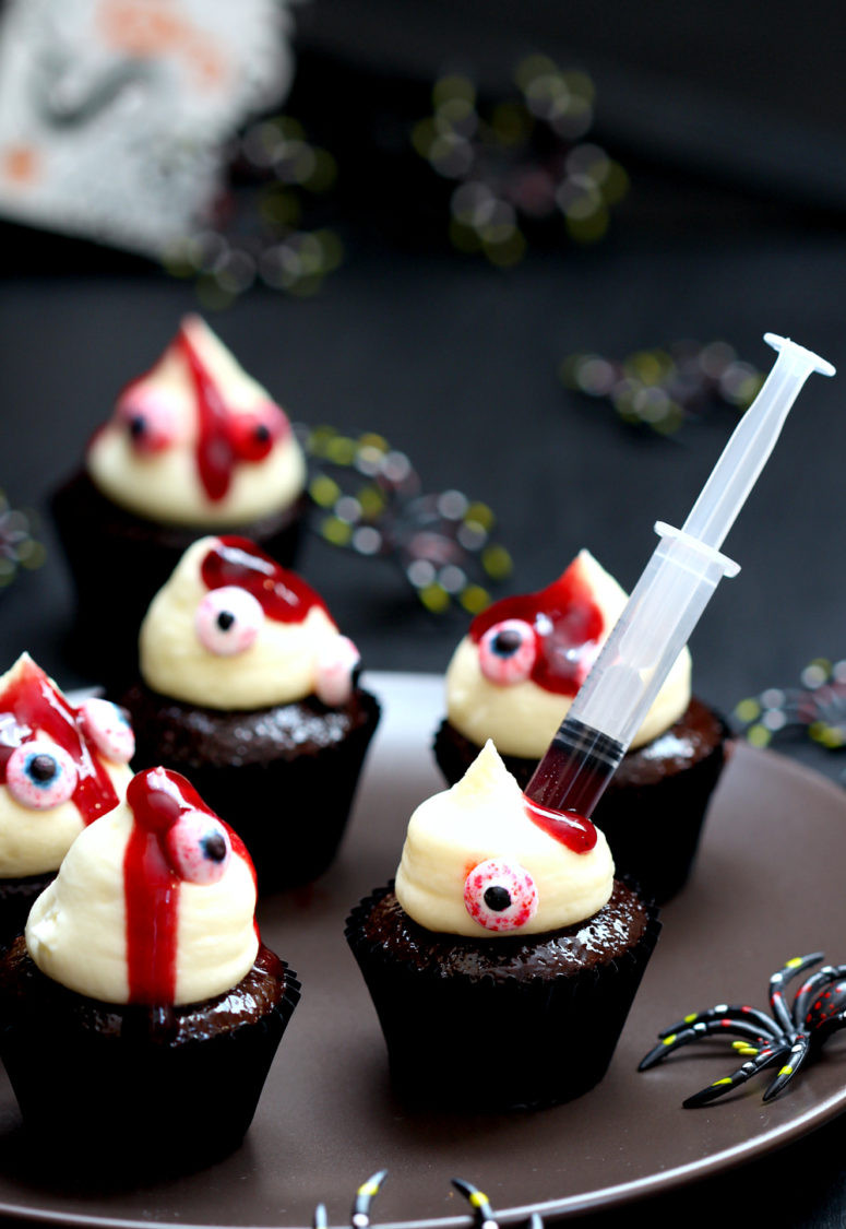 Diy Halloween Desserts  11 DIY Halloween Desserts That Will Blow Your Mind