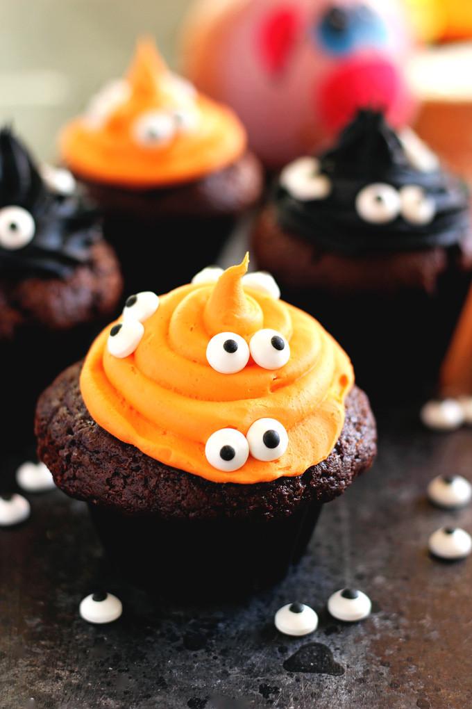 Diy Halloween Desserts  11 Tasty And Fun DIY Halloween Desserts For Kids Shelterness