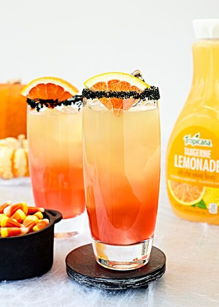 Easy Halloween Alcoholic Drinks  29 Easy Halloween Cocktails Best Drink Recipes for a