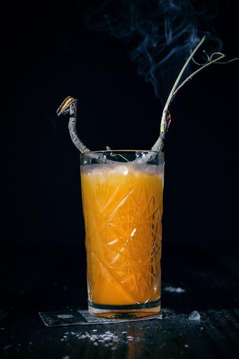 Easy Halloween Drinks Alcohol  29 Easy Halloween Cocktails Best Alcoholic Halloween