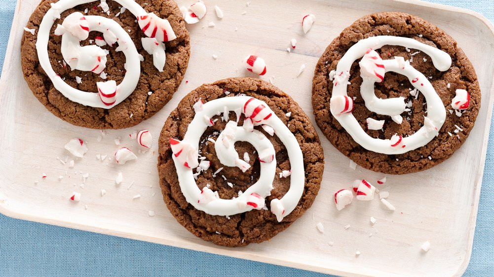 Easy To Make Christmas Cookies  Easy Christmas Cookie Recipes from Pillsbury