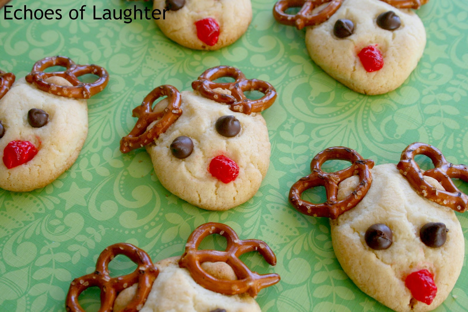 Easy To Make Christmas Cookies  13 Easy Christmas Cookies Echoes of Laughter