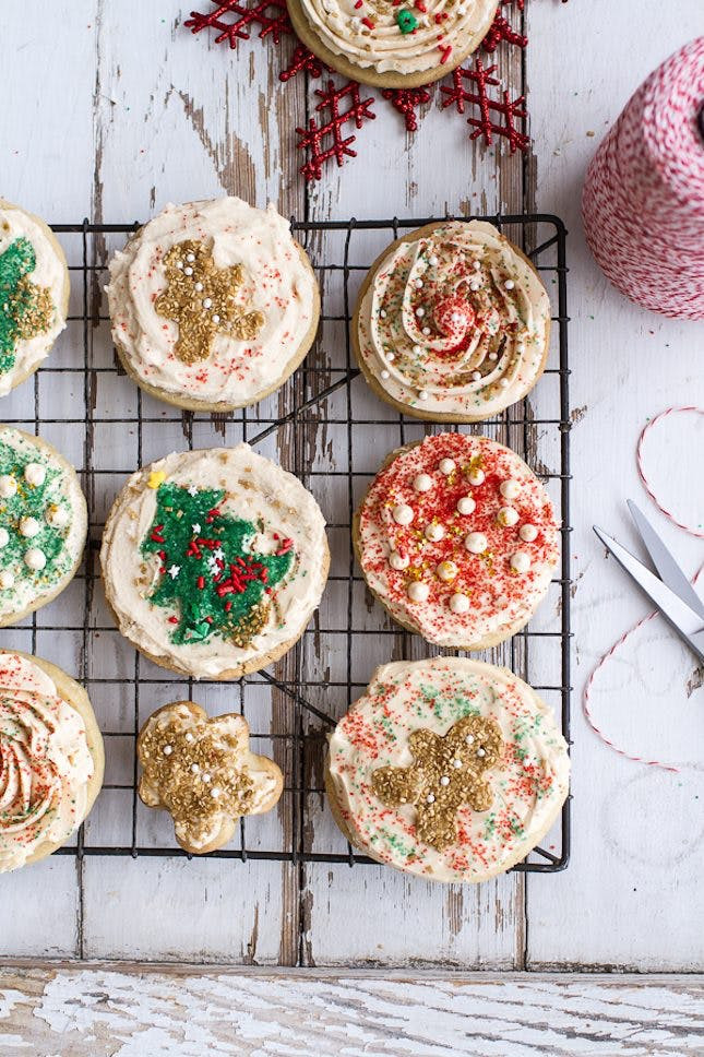 Easy To Make Christmas Cookies  65 Insanely Easy Christmas Cookie Recipes to Keep You Busy
