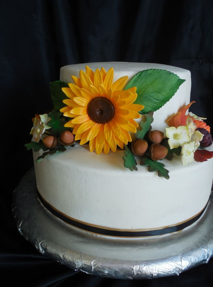 Fall Birthday Cake  578 best images about Autumn Cakes on Pinterest
