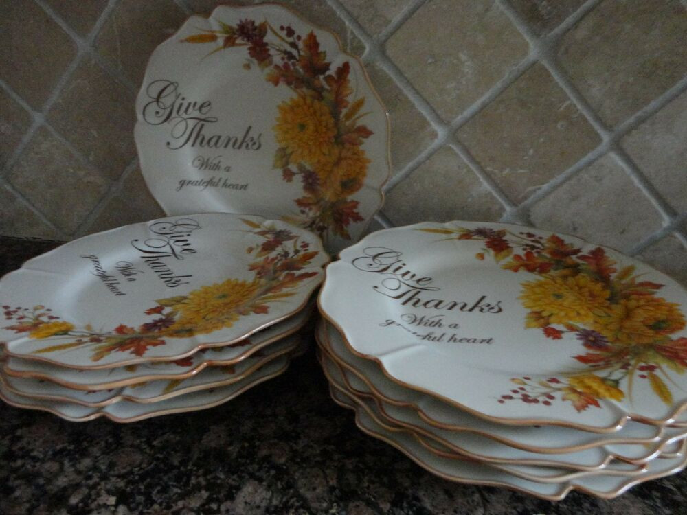 Fall Dinner Plates  CRACKER BARREL FALL HARVEST GIVE THANKS FAMILY BLESSINGS