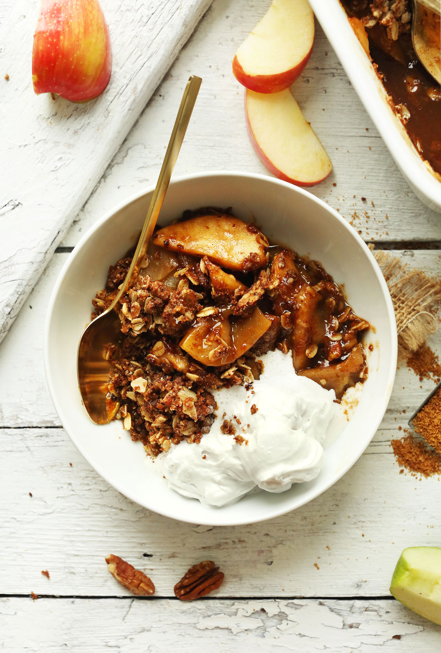 Fall Vegan Recipes  Best Vegan Apple Crisp