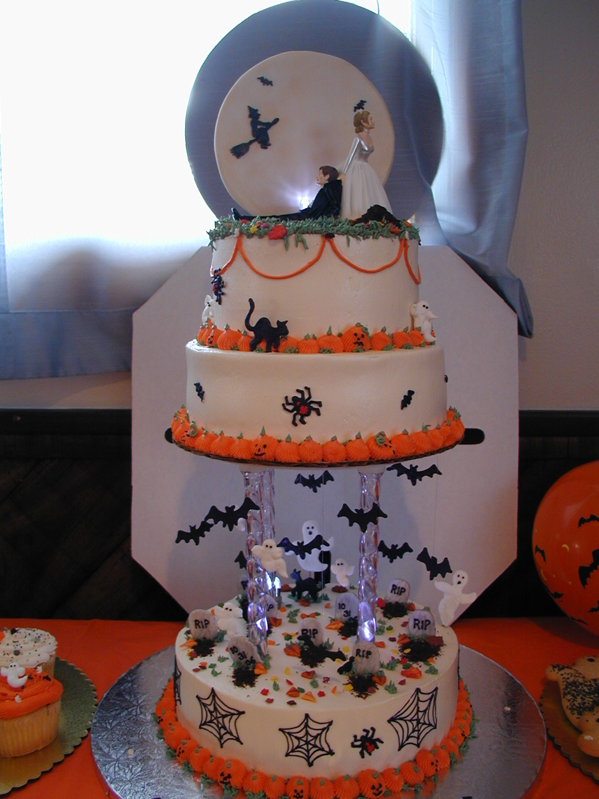 Fun Halloween Cakes  Cakes and Culinary Creations October 2010