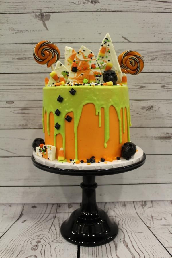 Fun Halloween Cakes  Best 25 Witch cake ideas on Pinterest
