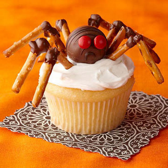 Funny Halloween Cupcakes  20 Awesome Fun Foods for Kids