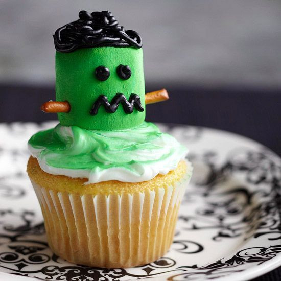 Funny Halloween Cupcakes  Wickedly Fun Halloween Cupcakes