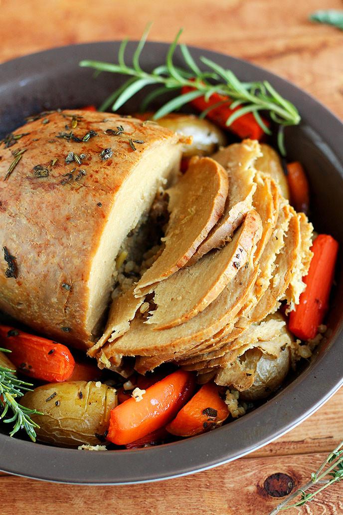 Gourmet Vegetarian Thanksgiving Recipes  How to Cook a Tofurky Roast I LOVE VEGAN