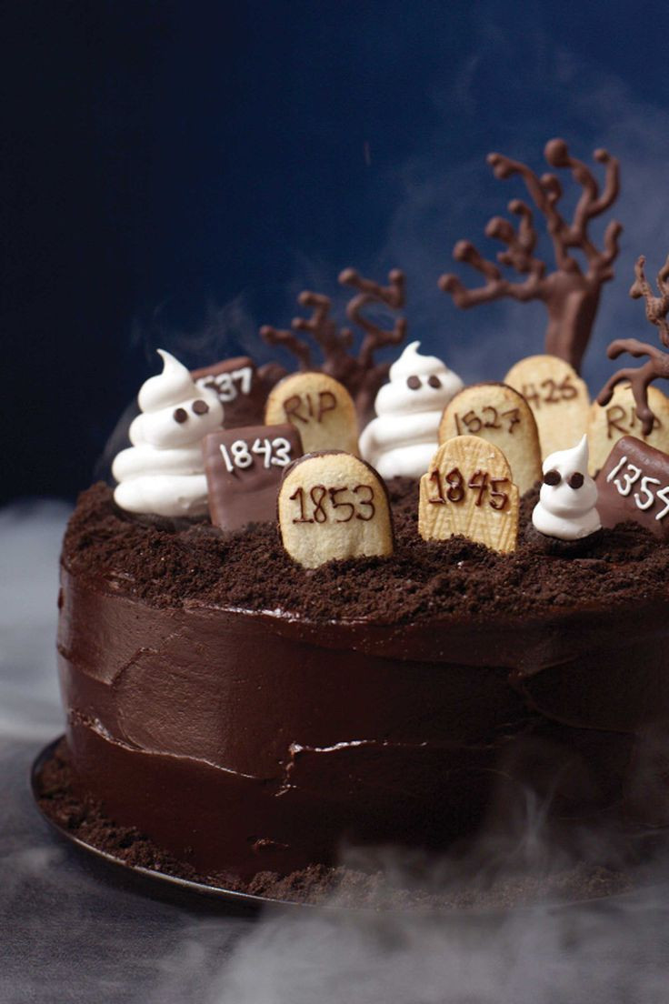 Graveyard Cakes Halloween  1000 ideas about Graveyard Cake on Pinterest