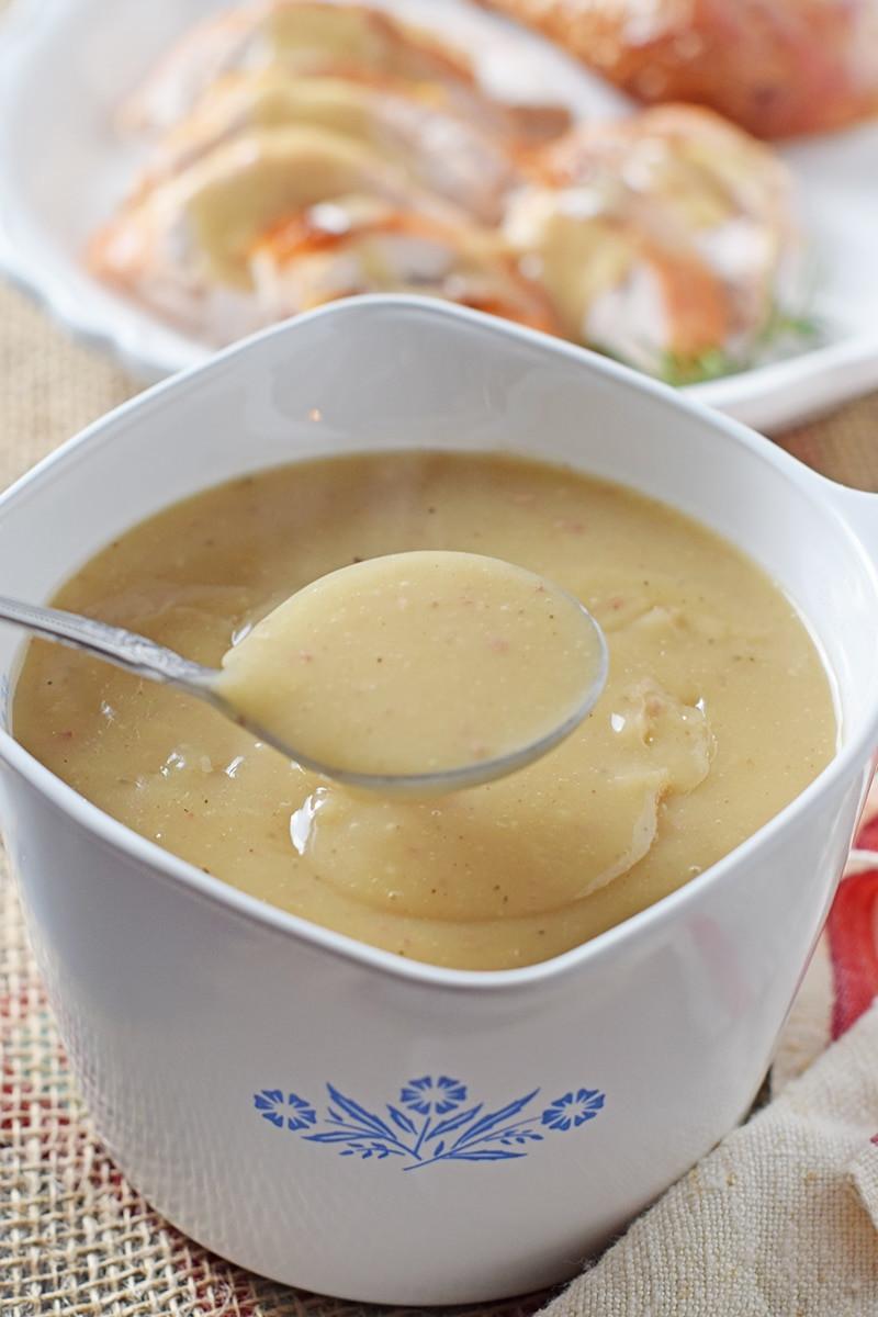 Gravy Thanksgiving Side Dishes  How to Make Homemade Turkey Gravy Adventures of Mel