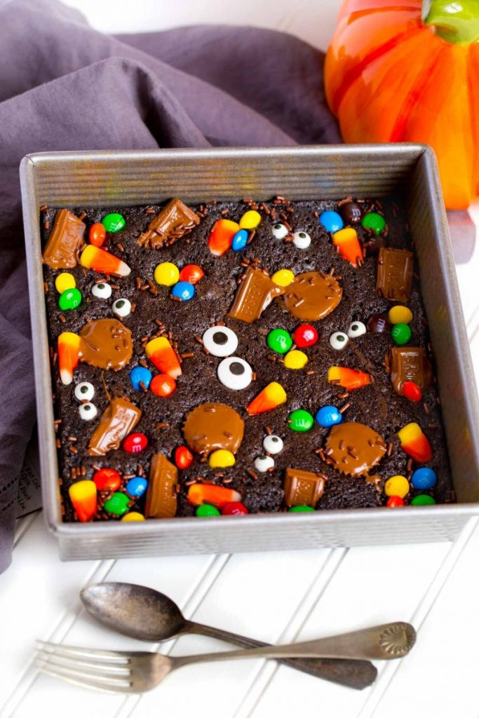 Halloween Brownies Decorating  Halloween Brownies for Parties