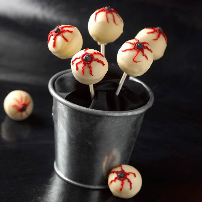 Halloween Cake Pops Recipe  Halloween cake recipe Scary eyeball cake pops 1