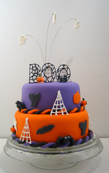 Halloween Cakes For Kids  A Colorful Halloween Cake