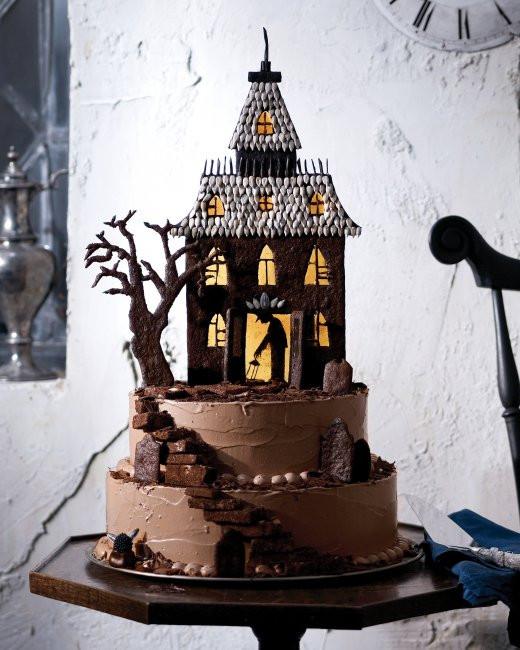 Halloween Cakes Pinterest  19 Creative Halloween Cakes And Desserts