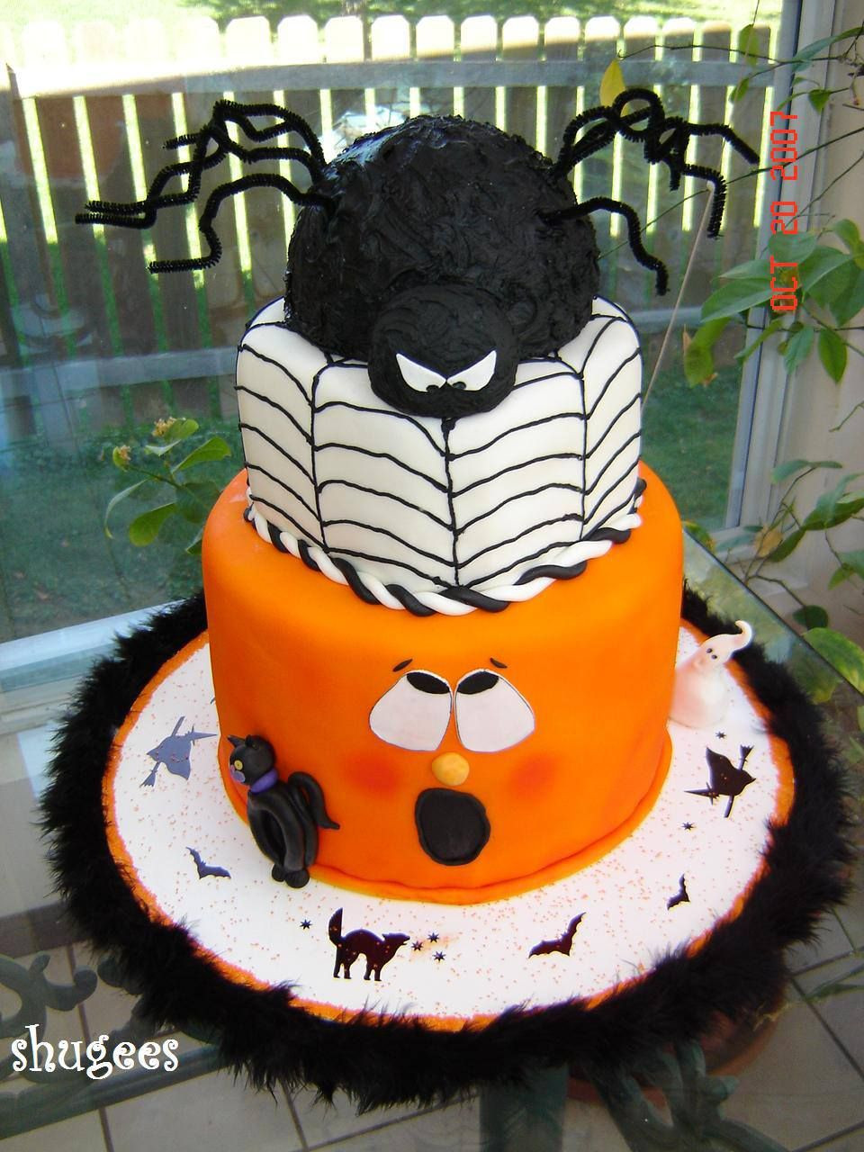 Halloween Cakes Pinterest  SPOOKY Halloween Cake Ideas